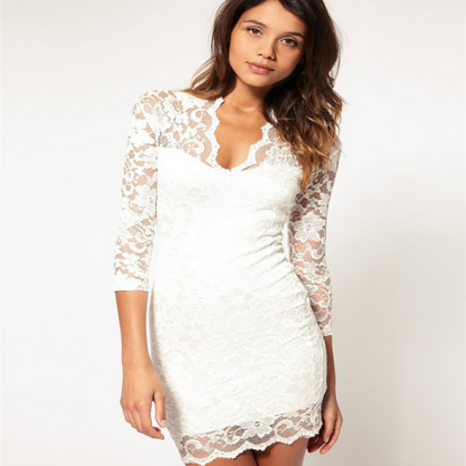 Europe and the United States lace energy-saving receiving pockets hip seven Quarter Sleeve V collar full lace dress
