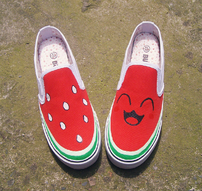Round-Toe Watermelon Print Canvas Flat Slip-On Sneakers