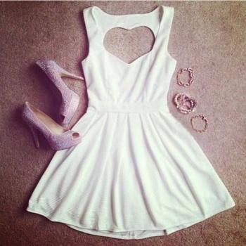 HOLLOW OUT PEACH HEART STRAP DRESS