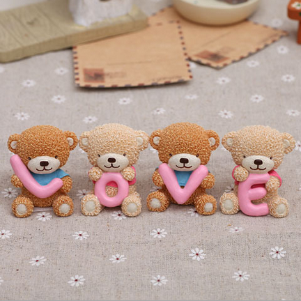 Expression of LOVE lovers Tactic bear resin crafts lovely only gift of love