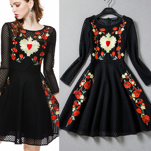 2015 Spring And Summer New Complex Positioning Embroidered Lace Dress