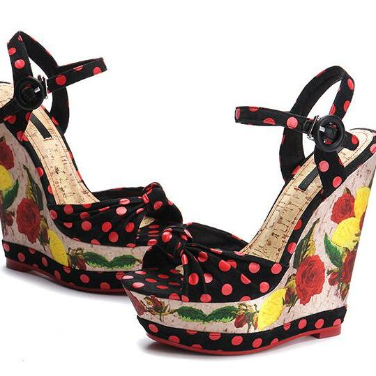 Chic Twisted Bow Design Fashionable Wedge Sandals